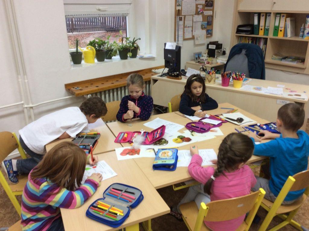 Obr. 1: Centra aktivit – 1. třída základní školy.