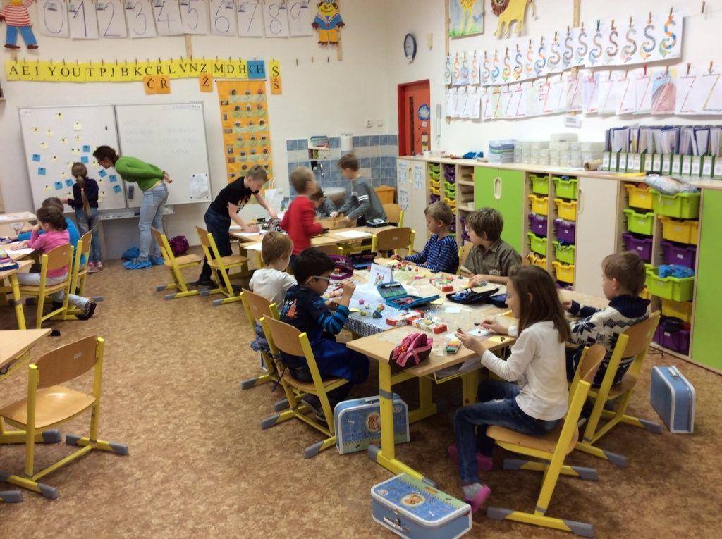 Obr. 4: Centra aktivit – 1. třída základní školy.