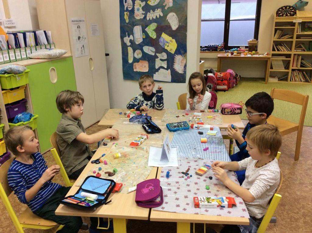 Obr. 5: Centra aktivit – 1. třída základní školy.